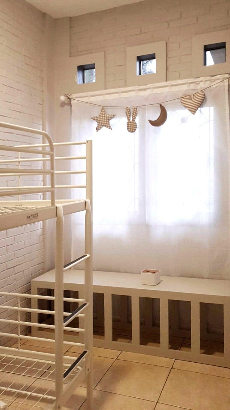 thevillas100-forest-villa-dining-bed-2