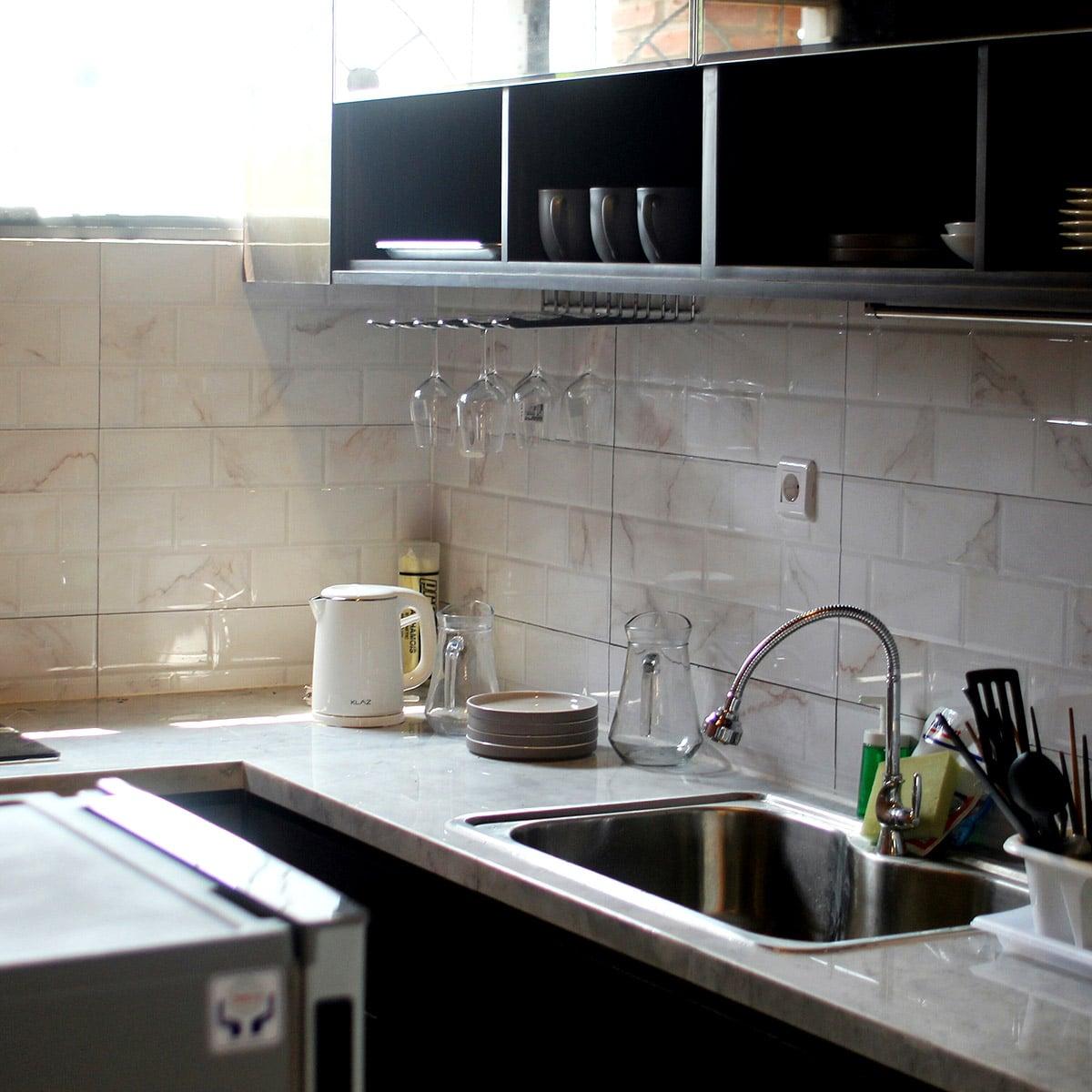 thevillas100-forest-villa-kitchen