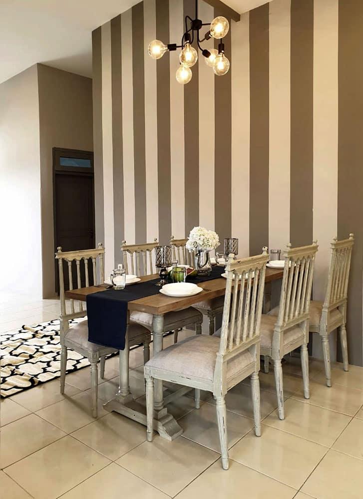 thevillas100-sky-villa-dining1