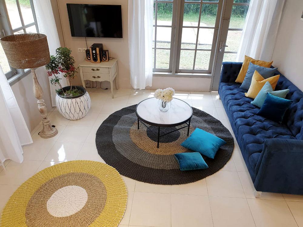 thevillas100-sky-villa-living6